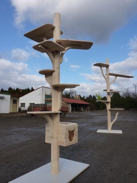 Sestavitelné stromy pro kočky - zkušební prototypy
