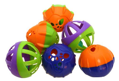Plastový míček s rolničkou